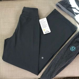 NWT Lululemon Athletica Sit in Stillness Pants 4